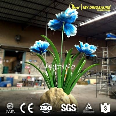 Giant fiberglass flower statue
