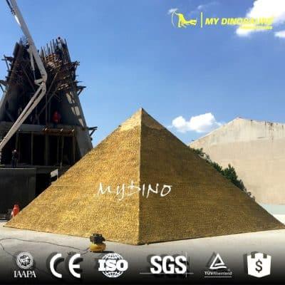 Miniature park Pyramid