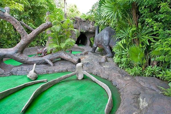 Dino-Park-Mini-Golf