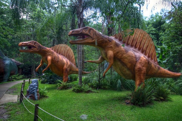 Dinosaur World2