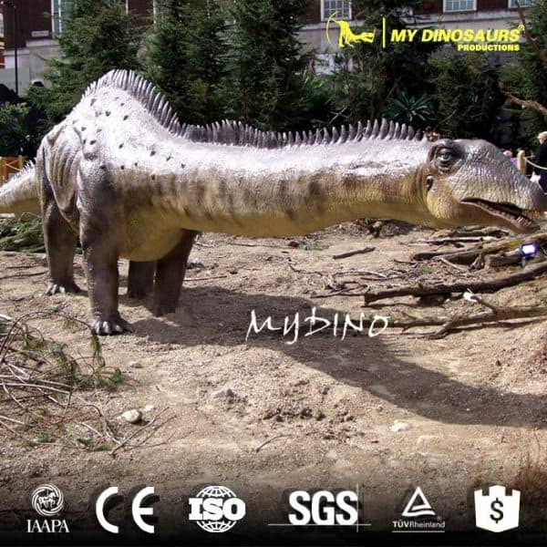 animatronic dinosaur diplodocus