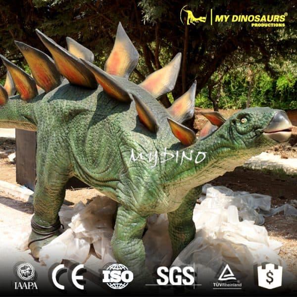 Animatronic dinosaur stegosaurus