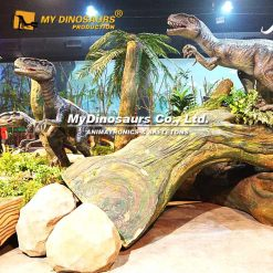 animatronic velociraptor scene