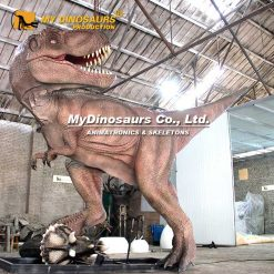 fighting dinosaurs animatronic
