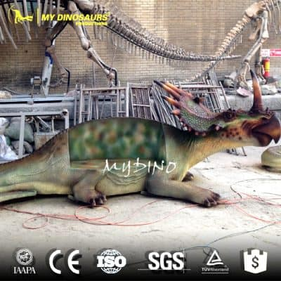 amusement park dinosaur rides