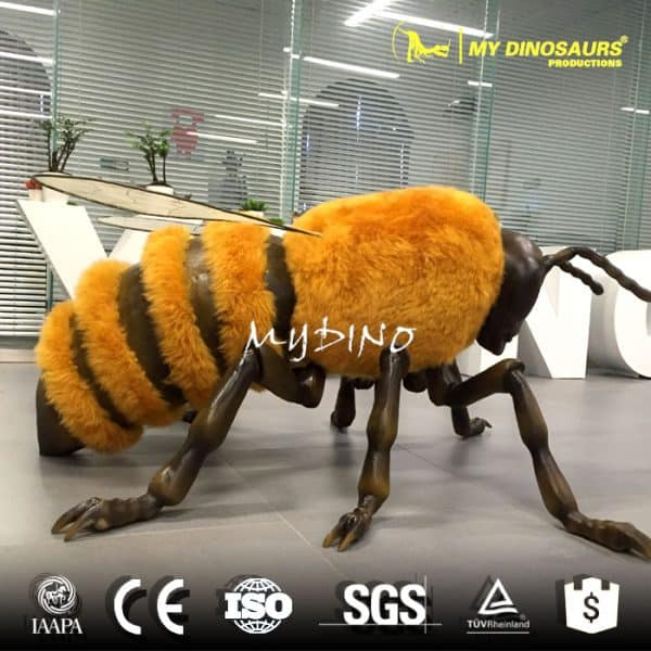 Artificial giant bee 1