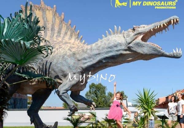 Spinosaurus Sculpture