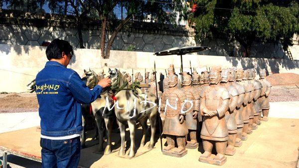 terracotta army sculpture