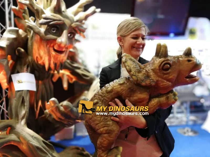 iaapa 2017 dinosaur puppet