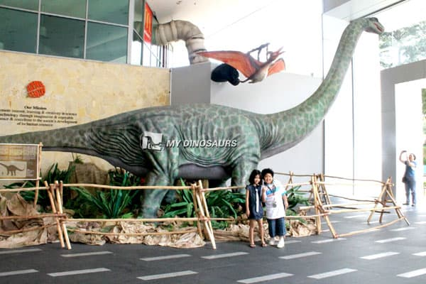 dinosaurs exhibition attractions 1