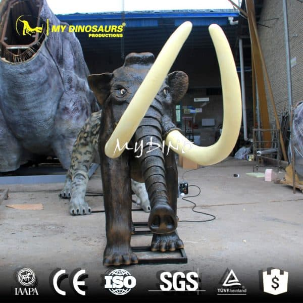 mammoth statue 1