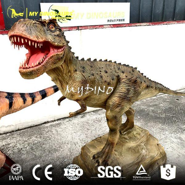 Dinosaur sculpture model 3