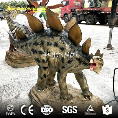 Dinosaur sculpture model 4