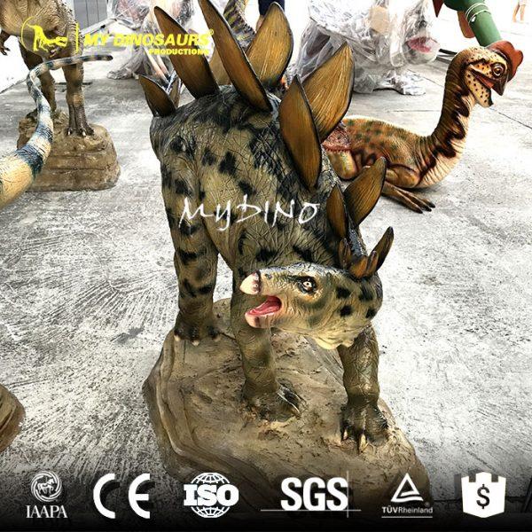 Dinosaur sculpture model 5
