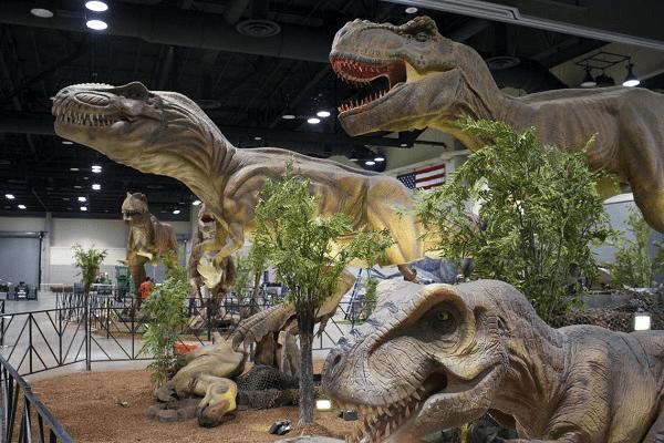 dinosaurs exhibition 1