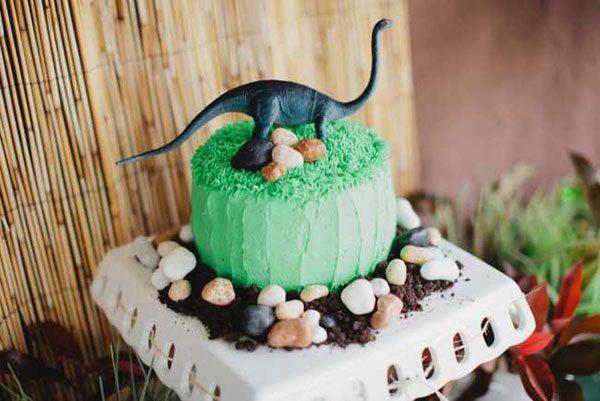 dream dinosaur cake birthday