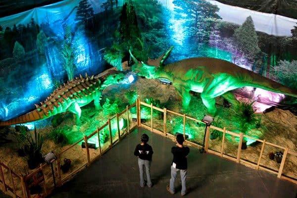 animatronic dinosaur manufacturer 4