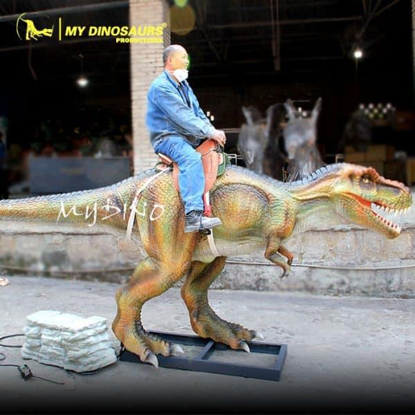 animatronic dinosaur ride 1
