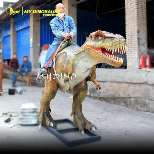 animatronic dinosaur ride 2