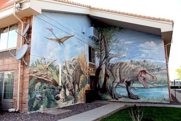 dinosaur in hotel 12