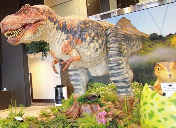 dinosaurs in hotel