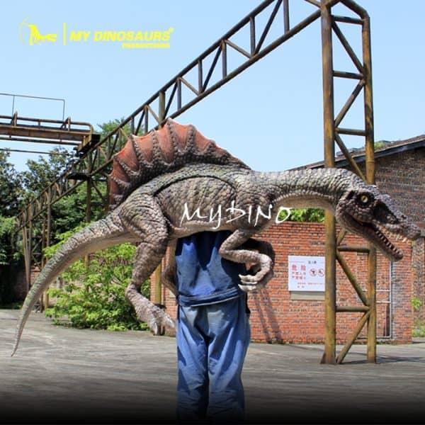 Spinosaurus puppet 1