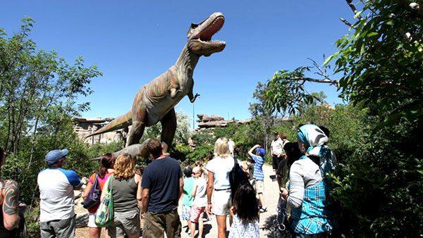 animatronic dinosaur park 3