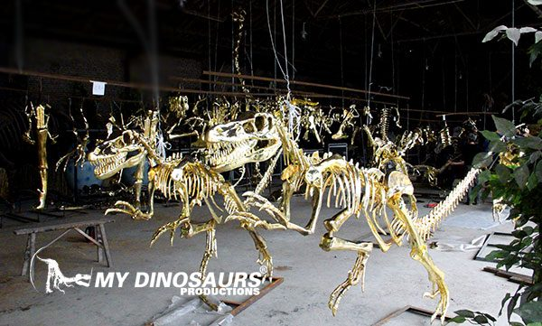 dinsoaur gold skeleton 1
