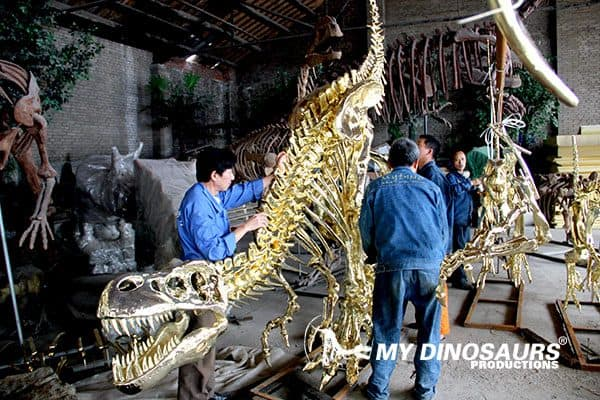 dinsoaur gold skeleton
