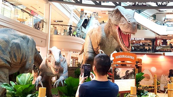 shopping mall dinosaur 8
