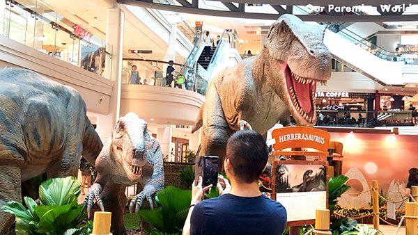 shopping mall dinosaur 8