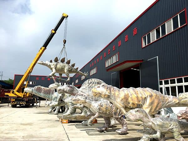 animatronic dinosaurs packing