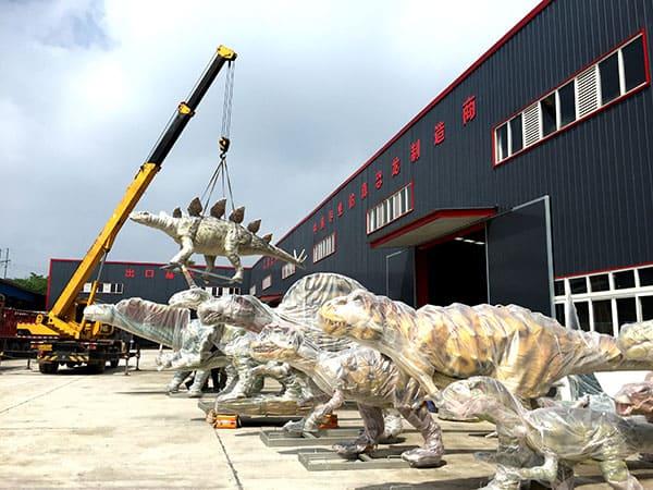 animatronic dinosaurs packing