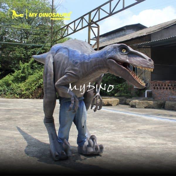 Velociraptor costume (2)