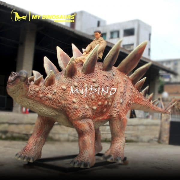 artificial dinosaur statue (2)
