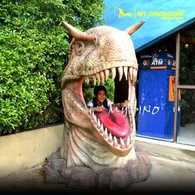Dinosaur head statue 400x400
