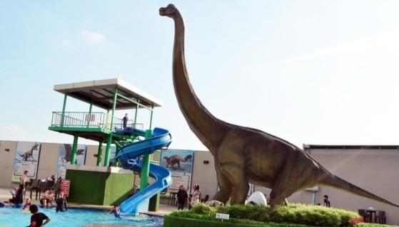Dinosaur Alive Theme Park e1436952035356