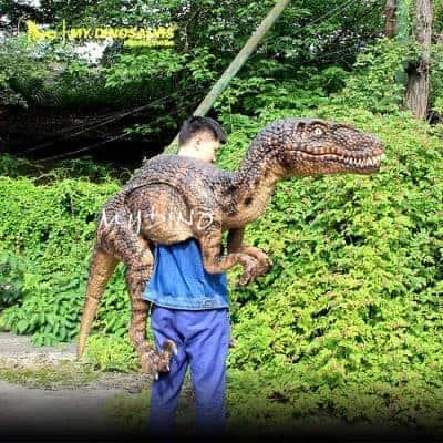 Velociraptor Puppet 2 400x400