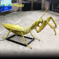 realistic insect replicas 1