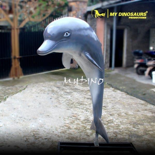 dolphin sculpture 1