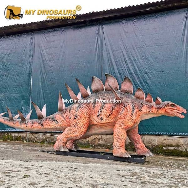 Realistic Kentrusaurs model 1