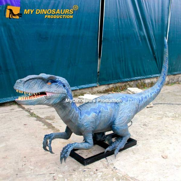 Velociraptor blue 3