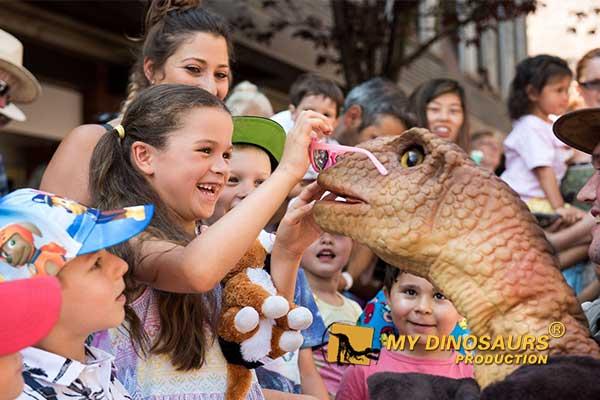 dinosaur birthday gift 1