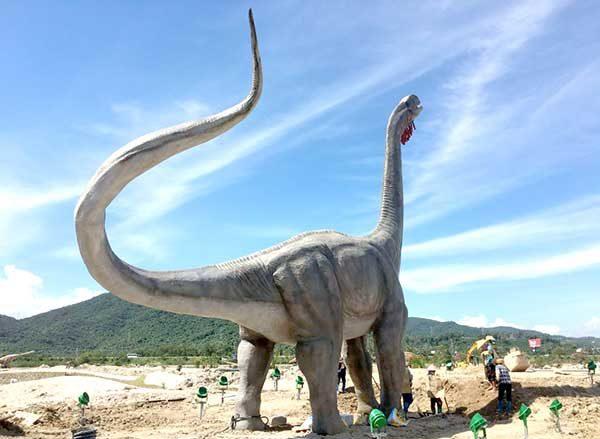 Zigong's Animatronic Dinosaurs is Popular Around the World 1